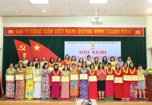 Liên đoàn Lao động quận Hồng Bàng tổ chức Hội nghị biểu dương CNVCLĐ giỏi tiêu biểu quận năm 2018