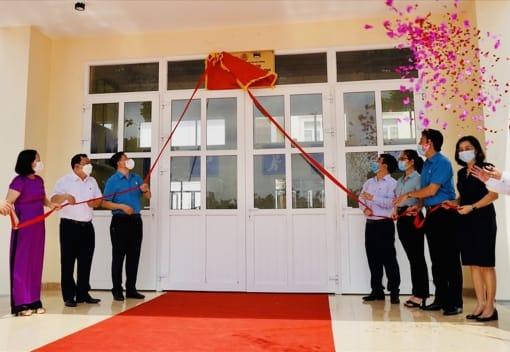 Liên đoàn Lao động quận Hồng Bàng tổ chức chương trình Gắn biển công trình sản phẩm