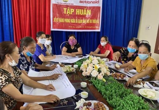 Trung tâm vì người lao động nghèo LĐLĐ thành phố tập huấn kỹ năng phòng ngừa và giảm nhẹ rủi ro thiên tai