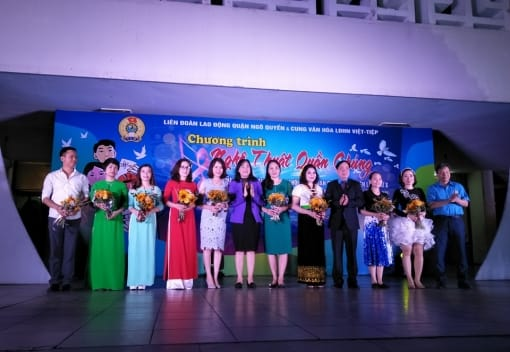 """Chương trình nghệ thuật quần chúng """"Tiếng hát CNVCLĐ Quận Ngô Quyền"""""""