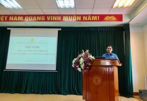 Liên đoàn Lao động quận Ngô Quyền tổ chức Hội nghị tập triển khai Điều lệ và Hướng dẫn thi hành Điều lệ XII Công đoàn Việt Nam.