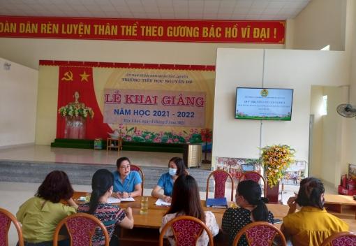 Quỹ Trợ vốn CNVCLĐ nghèo LĐLĐ thành phố giải ngân vốn vay cho CNVCLĐ khó khăn tại Quận Ngô Quyền