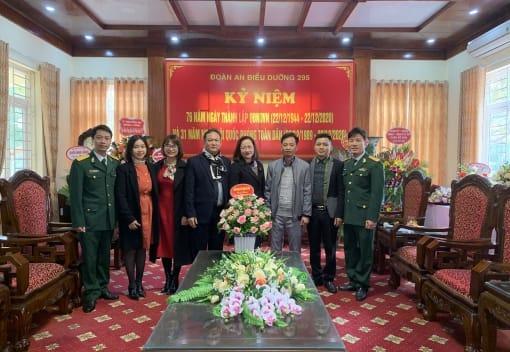 Liên đoàn Lao động quận Đồ Sơn chúc mừng 76 năm Ngày thành lập Quân đội Nhân dân Việt Nam (22/12/1944 - 22/12/2020)
