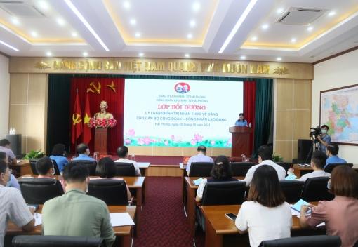 Công đoàn Khu Kinh tế tổ chức lớp bồi dưỡng lý luận chính trị nhận thức về Đảng
