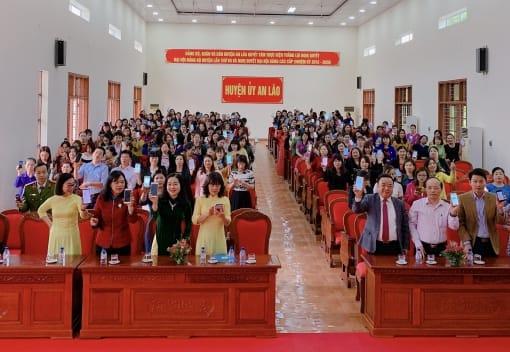 Liên đoàn Lao động huyện An Lão tổ chức Hội nghị tiếp xúc kỷ niệm 109 năm Ngày Quốc tế Phụ Nữ 8/3