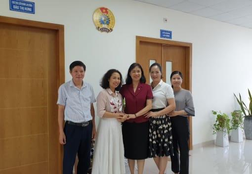 Thường trực LĐLĐ thành phố làm việc tại LĐLĐ quận Lê Chân