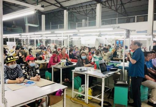 Liên đoàn Lao động TP tuyên truyền  về bầu cử đại biểu Quốc hội và đại biểu HĐND các cấp nhiệm kỳ 2021 - 2026 tại huyện Kiến Thụy