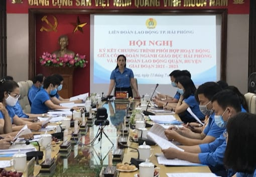 Hội nghị ký kết Chương trình phối hợp hoạt động giữa Công đoàn ngành Giáo dục và Liên đoàn Lao động quận, huyện giai đoạn 2021-2023