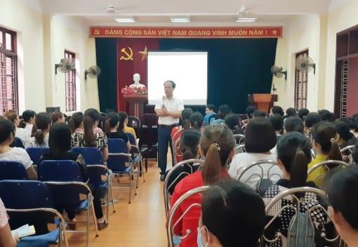 Liên đoàn Lao động huyện Kiến Thụy tổ chức Hội nghị tuyên truyền chính sách liên quan đến lao động nữ năm 2020