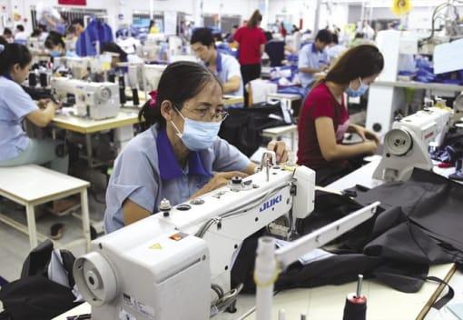 Những điểm mới về chính sách đối với lao động nữ và bảo đảm bình đẳng giới của Bộ Luật lao động năm 2019