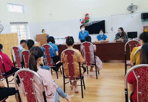 Quỹ Trợ vốn CNVCLĐ  nghèo Liên đoàn Lao động thành phố tổ chức giải ngân vốn vay cho đoàn viên, CNVCLĐ quận Hồng Bàng