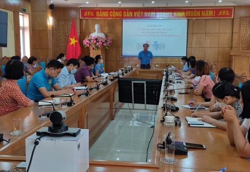 LĐLĐ quận Kiến An tổ chức Hội nghị tập huấn về thực hiện Quy chế dân chủ cơ sở, kỹ năng thương lượng, ký kết Thỏa ước lao động tập thể.