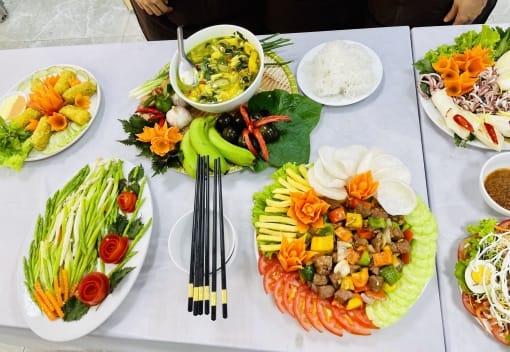Công đoàn cơ quan LĐLĐ thành phố tổ chức Hội thi nấu ăn