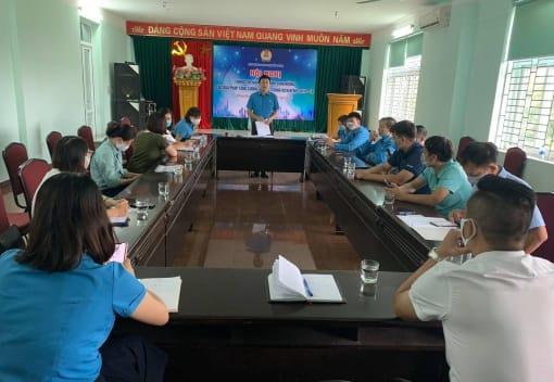 Liên đoàn Lao động quận Hồng Bàng tổ chức Hội nghị thông tin, nắm tình hình, định hướng các giải pháp tăng cường phòng, chống dịch bệnh Covid-19
