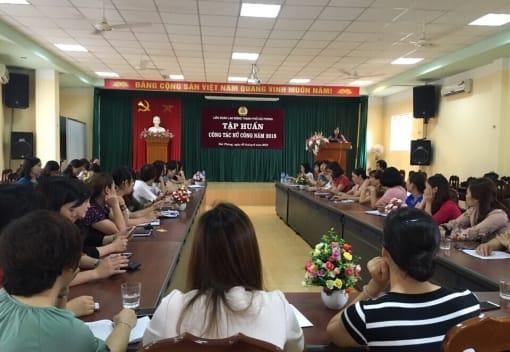 Tập huấn nghiệp vụ cho cán bộ nữ công công đoàn thành phố