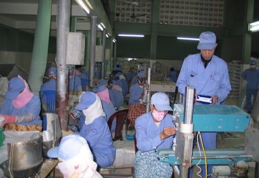 04 trường hợp người lao động được trả lương ngừng việc vì Covid-19