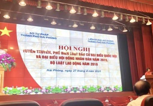 Tuyên truyền, phổ biến Bộ luật Lao động năm 2019 và Luật Bầu cử đại biểu Quốc hội và Hội đồng nhân dân năm 2015