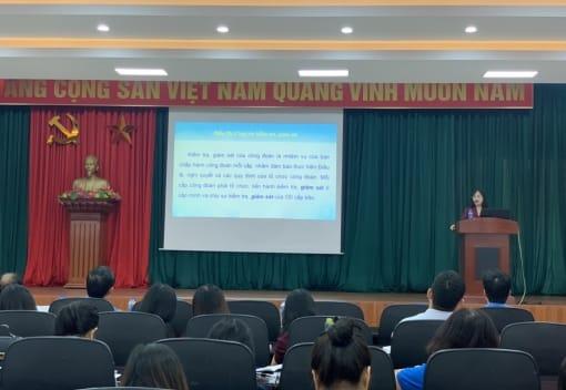 Liên đoàn Lao động quận Hồng Bàng tổ chức tập huấn, triển khai Điều lệ và Hướng dẫn thi hành Điều lệ Công đoàn Việt Nam khóa XII