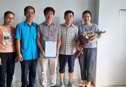 LĐLĐ quận Dương Kinh thành lập Công đoàn cơ sở Công ty TNHH Bu il Vina và Công ty TNHH JSK Hải Phòng
