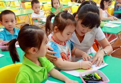 Trẻ em mầm non là con công nhân, người lao động được hỗ trợ tối thiểu 160.000 đồng/trẻ/tháng