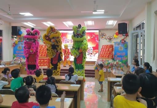 Liên đoàn Lao động quận Lê Chân tổ chức vui Tết Trung thu, tặng quà con CNVCLĐ