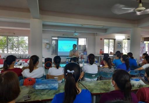 Liên đoàn Lao động quận Dương Kinh tuyên truyền chăm sóc sức khỏe sinh sản cho nữ công nhân, lao động