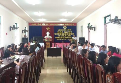 Liên đoàn Lao động huyện Vĩnh Bảo tổ chức tiếp xúc nhân ngày Nhà giáo Việt Nam, giao ban đánh giá công tác thi đua đợt 1 năm học 2018-2019