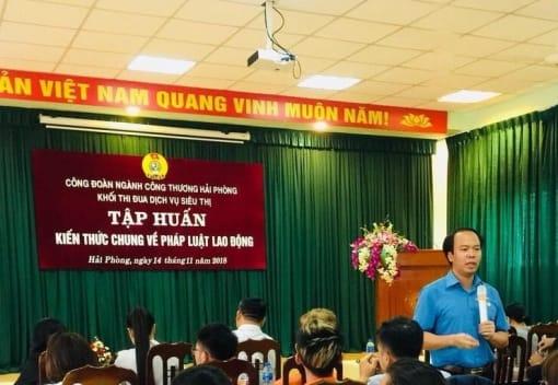 Khối thi đua dịch vụ siêu thị Công đoàn ngành Công Thương tổ chức tập huấnkiến thức chung về pháp luật lao động