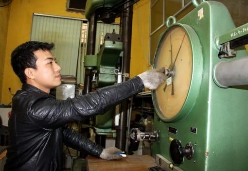 Kỹ sư trẻ đam mê sáng chế
