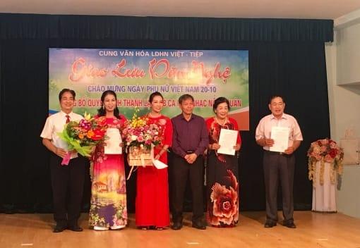Cung Văn Hóa Lao động Hữu nghị Việt Tiệp thành lập CLB Ca múa nhạc Nắng Xuân