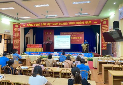 Liên đoàn Lao động huyện Cát Hải tổ chức Hội nghị tập huấn nghiệp vụ công đoàn cơ sở và tặng quà cho các cháu thiếu nhi nhân dịp Tết Trung thu năm 2021