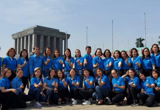 Hành trình về nguồn cho nữ cán bộ công đoàn, nữ CNVCLĐ tiêu biểu quận Dương Kinh nhân kỷ niệm 90 năm ngày Phụ nữ Việt Nam (20/10/1930 - 20/10/2020) và 10 năm Ngày Phụ nữ Việt Nam (20/10/2010 - 20/10/