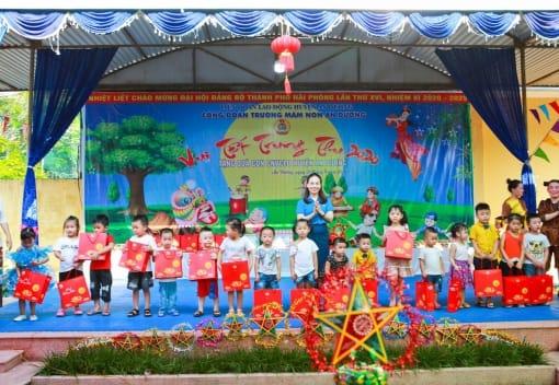 Liên đoàn Lao động huyện An Dương  tổ chức chương trình vui Tết Trung thu năm 2020!